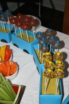 Train Cake pops