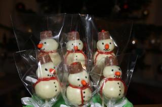 Christmas Snowman Cake pops