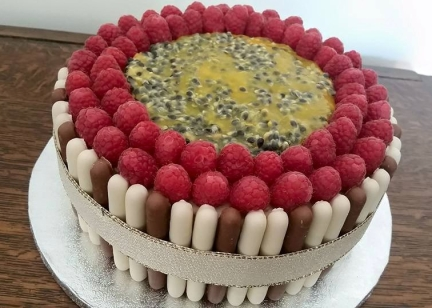 Raspberry and Passion fruit cake